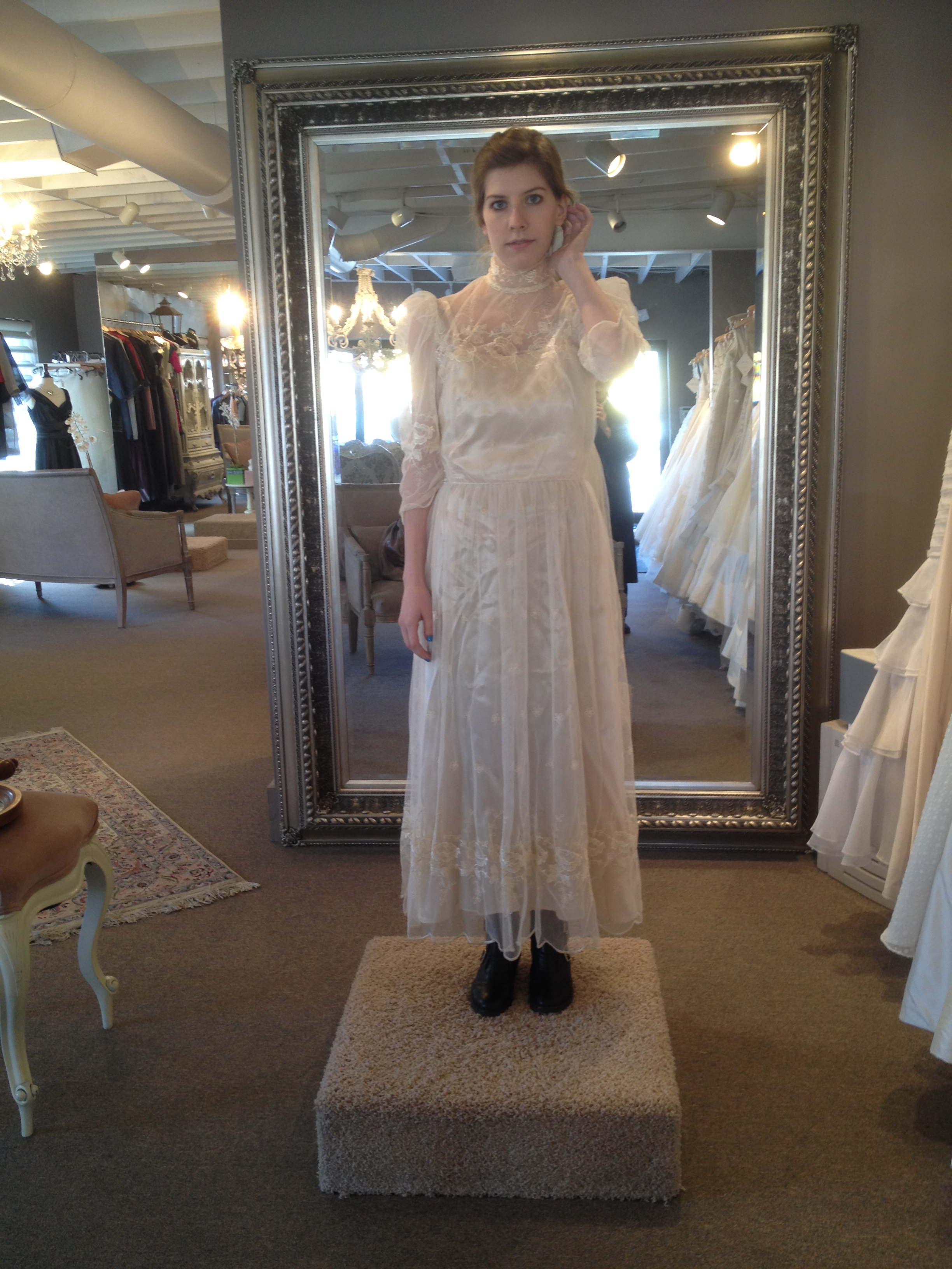 UPCYCLING MY MOTHER'S WEDDING DRESS: PART 1